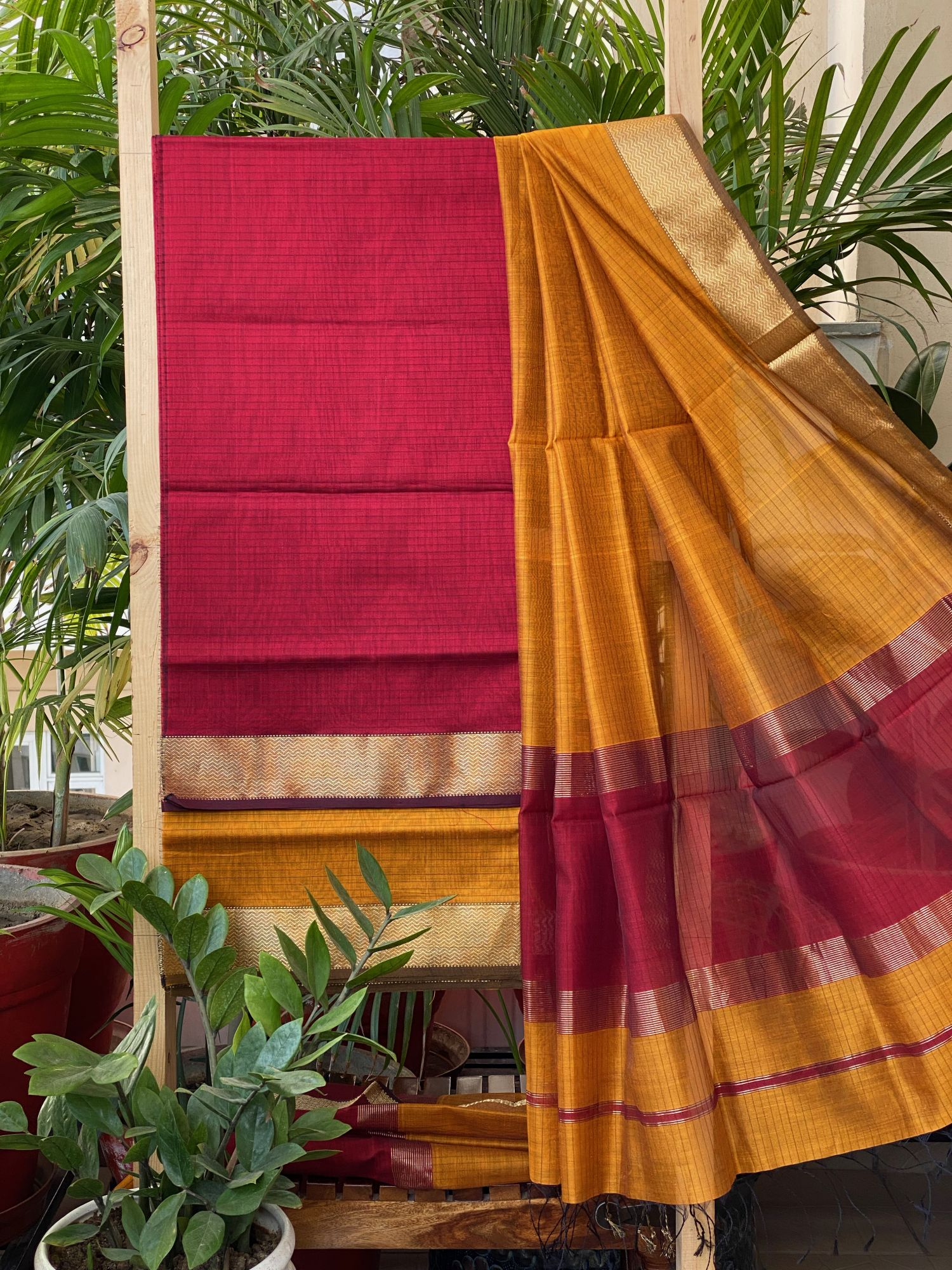 RED & MUSTARD MAHESWARI SILK COTTON DUPATTA SET