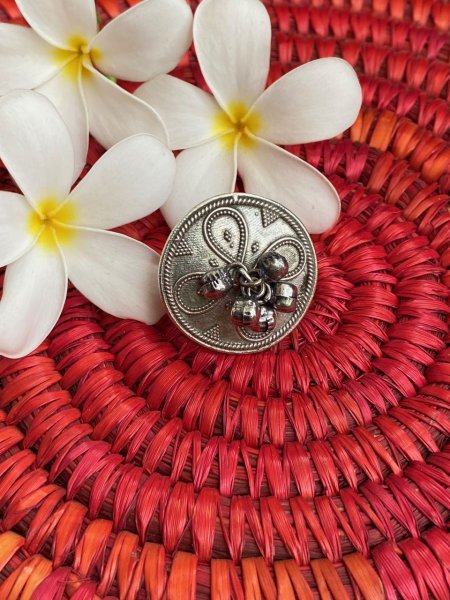 ANTIQUE PETAL EMBOSSED GHUNGROO RING