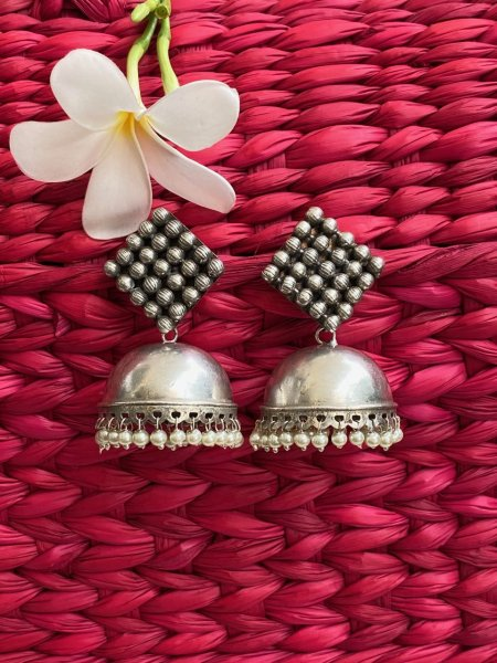 ANTIQUE SQUARE BEAD JHUMKA
