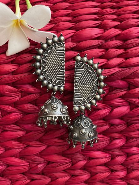 ANTIQUE HALF MOON JHUMKA