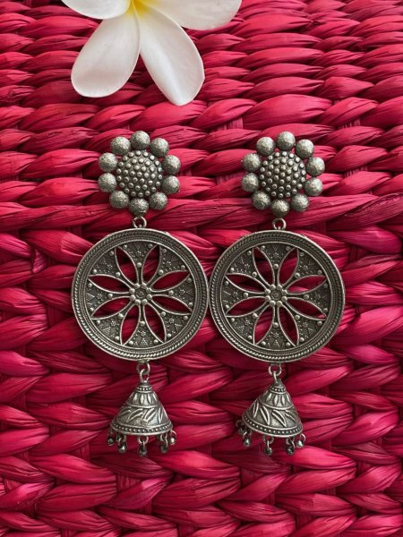 ANTIQUE LONG FLORAL JHUMKA
