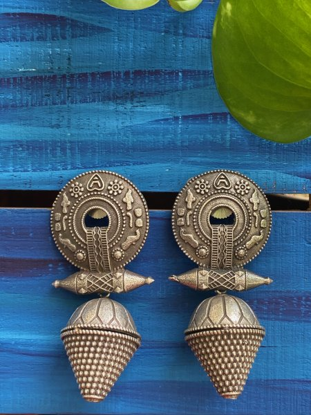 ANTIQUE BORLA EARRING