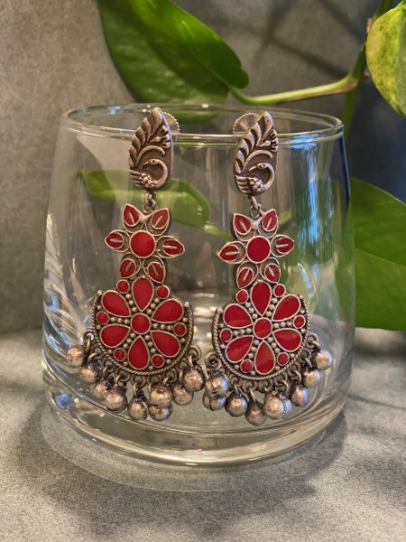 ANTIQUE RED MEENA DANGLER